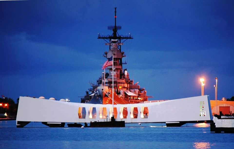 [Image: arizona memorial.jpg]